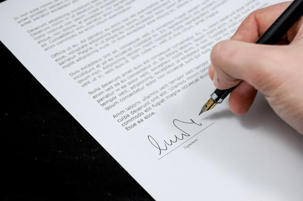 sign-pen-business-document-48195